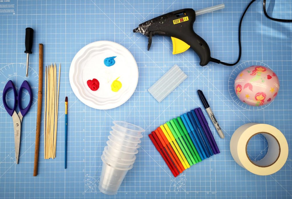 Materials for this STEM project.
