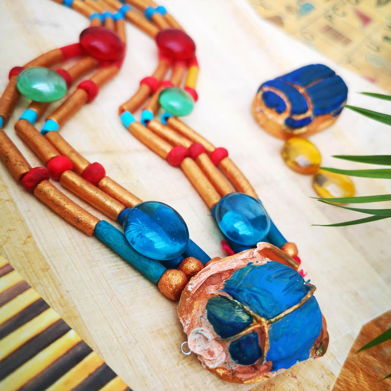 Necklace craft.